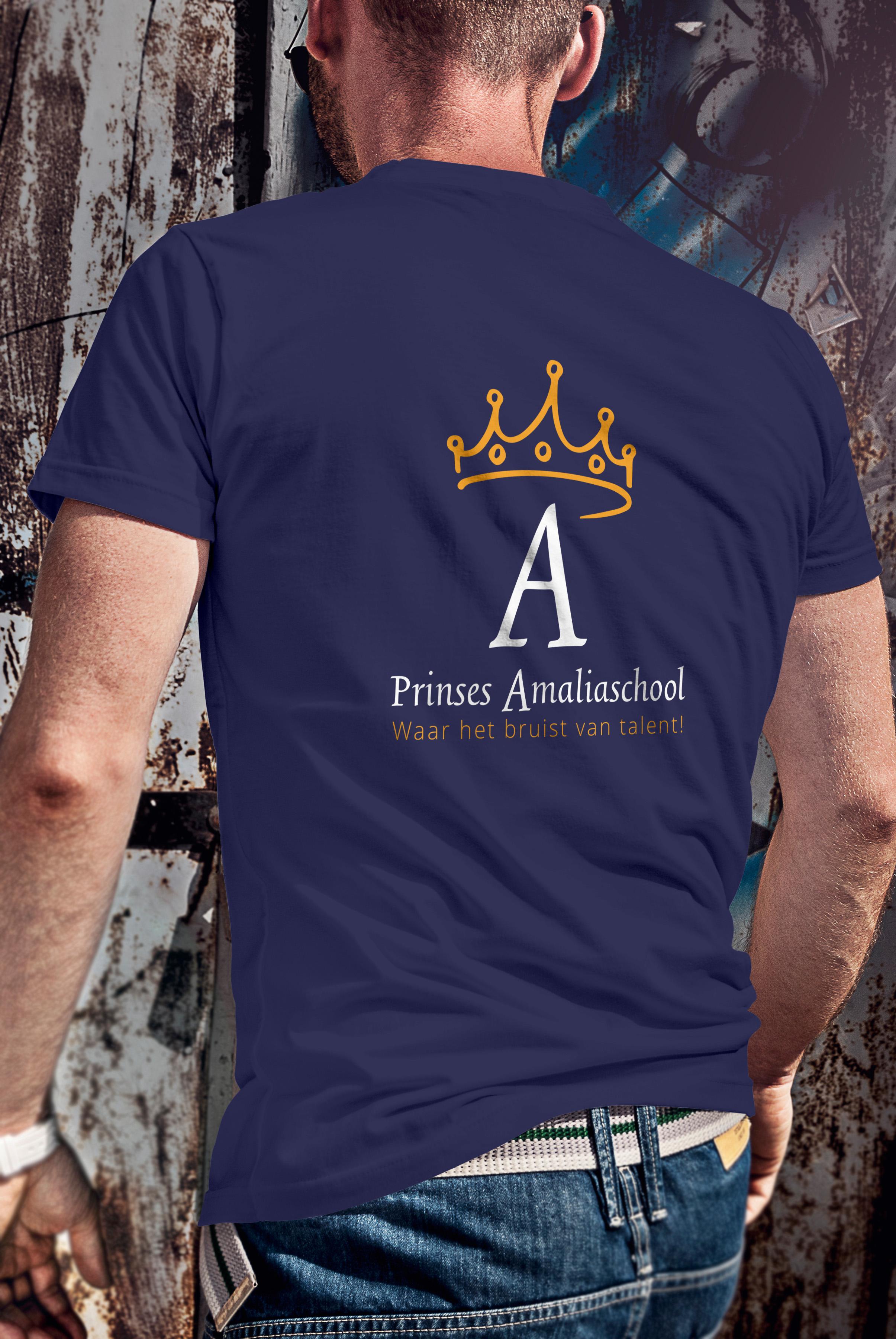 03_T-shirt Mockup_MANn amalia back